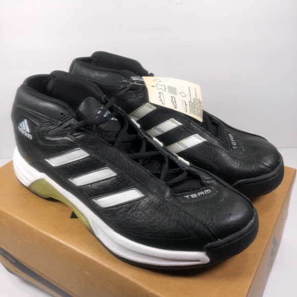 dd4cc0f6651 2001 Adidas Women's Undeniable W Basketball Shoes NWT